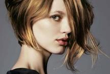 Hair & Make up / by Monique Esteves