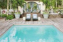 ( Swimming pool )