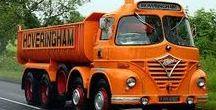 Lorries: English. / English lorries.