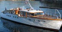 Boats: Motor Yachts / Motor yachts and cabin cruisers