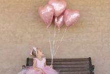 Ballerina Party - Ballerine / Idées et inspirations autour d'un anniversaire sur le thème des ballerines. Plongez dans l'univers des petits rats de l'opéra et des danseuses étoiles avec ce thème vaporeux et féerique