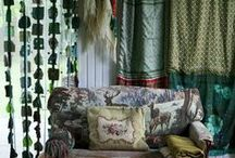 Kitsch-Boho-riot of colors