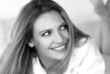 Actrices: Anna Torv / Protagonista de la serie Fringe / by Joan Fusté