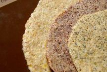 Low Carb Bread, Tortillas and Crackers / Low carb bread, tortilla and cracker alternatives and recipes