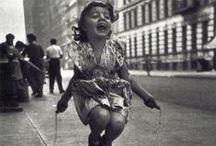 Souriez ! / Des jolies photos, des pauses rigolotes, des enfants qui font les pitres, voilà un bel album de photos !