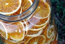 Dehydrating & Drying / Tips and techniques for dehydrating fruits,vegetables and herbs in the oven, the dehydrator or hanging in the garage or basement. Dehydrated food is ideal for long term storage, camping or survival preparedness.