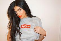 Kylie Jenner  /