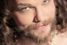 My thats a strong beard Miss!? / Bearded ladies of loveliness!
