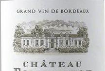 Wino - Francja - Bordeaux / Najsłynniejszy region produkcji win we Francji, oferujący najbardziej różnorodną paletę win. Bordeaux wytwarza 10% całej francuskiej produkcji tego szlachetnego trunku. Specyfiką regionu jest subtelne łączenie poszczególnych szczepów i cieszący się respektem na całym świecie wzorcowy sposób prowadzenia winnic. Najważniejsze gminy regionu Bordeaux to: Medoc, Saint Emilion, Pomerol, Graves i Entre Deux Mers.