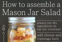 Lunches in a Jar / The perfect grab-and-go lunches that will stay fresh & travel well.