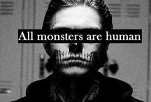 AHS / American Horror Story is one of the most cringing awesomest programmes ever invented!
