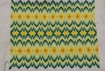 ⨳ Embroidery ⨳ BARGELLO / Florentine needlepoint. Flat stitches laid in a mathematical pattern.