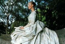 Epic Wedding Gowns / Dresses that are truly extravagant, surreal and gorgeous