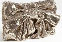 Wedding Clutch / A bride needs a place for her lipstick and phone