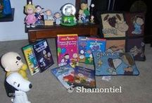 Shamontiel's Peanuts collection / I've been reading Peanuts comic strips since I was a kid and keeping a small collection of Peanuts memorabilia. Charlie Brown is the man!