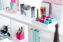 Papelaria & coisas fofas / Papelaria, canetas, cadernos fofos, agenda, office feminino, escritório feminino, post-it,