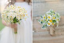Wildflower Weddings / Gorgeous Wildflower Wedding Bouquets, Centerpieces, Decor and More for Inspiration, Ideas, or Eye Candy!
