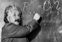 Albert Eistein / Famoso cientifico del pasado.  Que descubrio  la teoria de la relatibidad, y muchas cosas mas / by Alberto Herrera