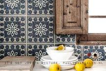 Kitchens / by Kika Junqueira