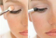 LOOK > Make Up / You can change your make up every day. You just need some ideas.