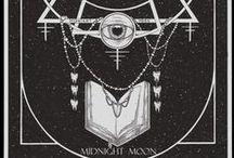 Mystiikkaa ja okkultismi tilpehööriä