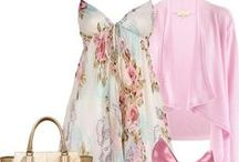 Floral dress styling ideas / What to wear with and how to style a floral dress