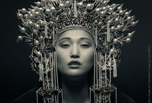 Everyone should have one of these / Beautiful head dresses of various eras and cultures.