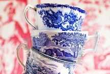 Art / Craft... Blue and white... Porcelain and pottery... / Chinese, Delft, English... There is something romantic about blue and white China... / by Rosalyn Smaill