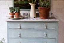 Furniture Painting / Ideas and inspiration for painted furniture, mainly using the wonderful Annie Sloan Chalk Paint