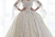 wedding dresses / beautiful elegant weddingdresses. fairytail like