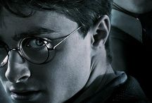 Harry Potter / by Isabela Jackson