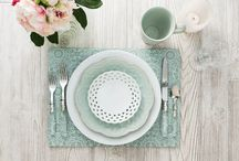 Hadley table 2016 Color: Aqua