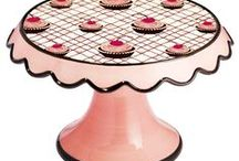 Cake  Stands / by Darlene - Make Fabulous Cakes