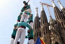 Castellers / Els Castells. Les torres humanes. Un dels elements de la cultura catalana amb més projecció internacional. Declarats Patrimoni Immaterial de la Humanitat per la UNESCO.