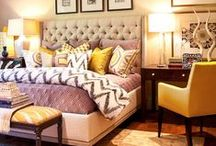 Bedroom Rugs / Miss Amara's guide to the best size and placement of rugs in the bedroom.