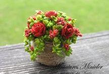 Miniaturowe kwiatki/ Miniature Flowers / Przepięknie wykonane kwiaty z modeliny/ papieru i innych materiałów odpowiednie dla miniaturowego świata.