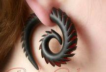 Tunele i fake tunele do uszu / Biżuteria z modeliny dla osób lubiących totalnie inne kolczyki.
