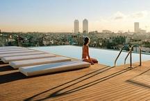 Suite501 | Barcelona | Pool Hotel / Our A-List of favourite Indoor and Outdoor Pools in Hotels in Barcelona. Loas mejores Piscinas en la ciudad. www.albertalagrup.com