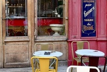 Suite501 | Paris | Cafe Society / Paris is famous for its cafe! Here are some of the best. Paris es famoso por sus cafeterías aquí tienes los mejores. www.albertalagrup.com