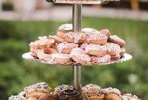 Wedding Cake & Desserts // Austin Wedding Photographer / Follow this board to get creative wedding cake and wedding dessert ideas from an Austin wedding photographer.