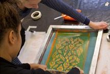 """Pattern printing on fabric / In the course """"mönsterrapport"""" our Students make their own  repeating pattern and print it on fabric."""