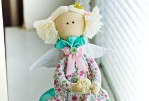 bambole e pupazzi
