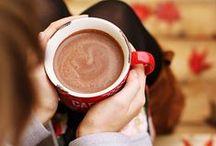 christmas time / all about christmas: home decor, hot chocolate, presents and christmas trees!