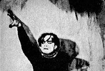 Goottipojat Teemalla: Conrad Veidt / Gothic Boys @ Finnish Culture tv channel TEEMA