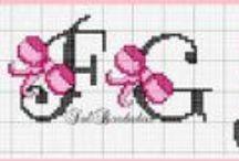 haft krzyżykowy - monogramy