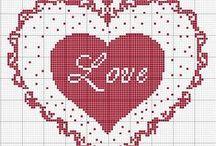 haft krzyżykowy - serca