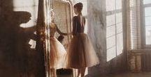 Dance / Si tuviéramos que definir nuestras bailarinas diríamos que son una delicada reinterpretación de la clásica zapatilla de ballet, con distintos acabados. En este tablero compartimos todo lo que nos inspira, las fuentes de nuestra creatividad.  #bailarinas #bailarinasmujer #bobos #quierounasbobos #bailarinasdeballet #bailarinasnude #bailarinasdepiel #manoletinasmujer #manoletinasdeballet #manoletinasbobos
