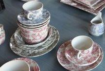 Toile de jouy tableware & glassware / Vajillas y vasos Toile de Jouy / Ceramic tableware.  Matching glassware available at www.almoraima.com