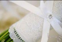 Bouquet de mariée / Nos réalisations & inspirations de bouquet de mariée par Tanaga Weddings & Events, wedding planner & designer | Bridal bouquet and inspiration of bouquet for bride by Tanaga Weddings & Events.
