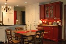 Medallion Cabinets / Designs by Cabinet Impressions Design & Sales, Inc